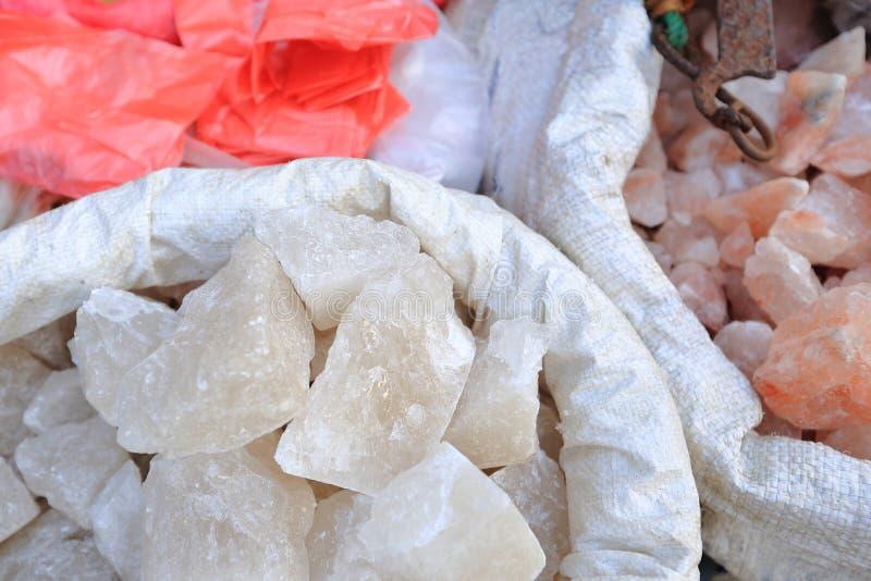 Гималайское розовое кристаллическое соль стоковая фотография