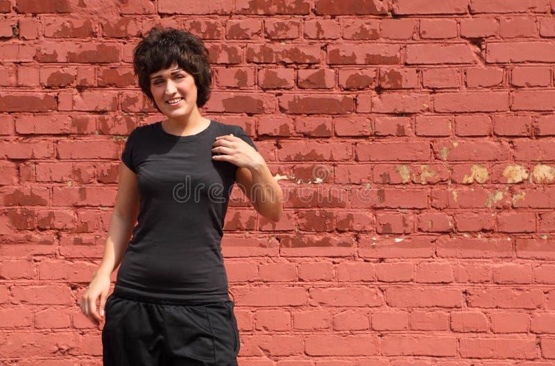 гимнастика девушки делает портрет стоковые фото