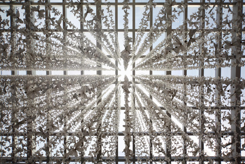 гирлянды бабочки decored потолком стоковое фото rf
