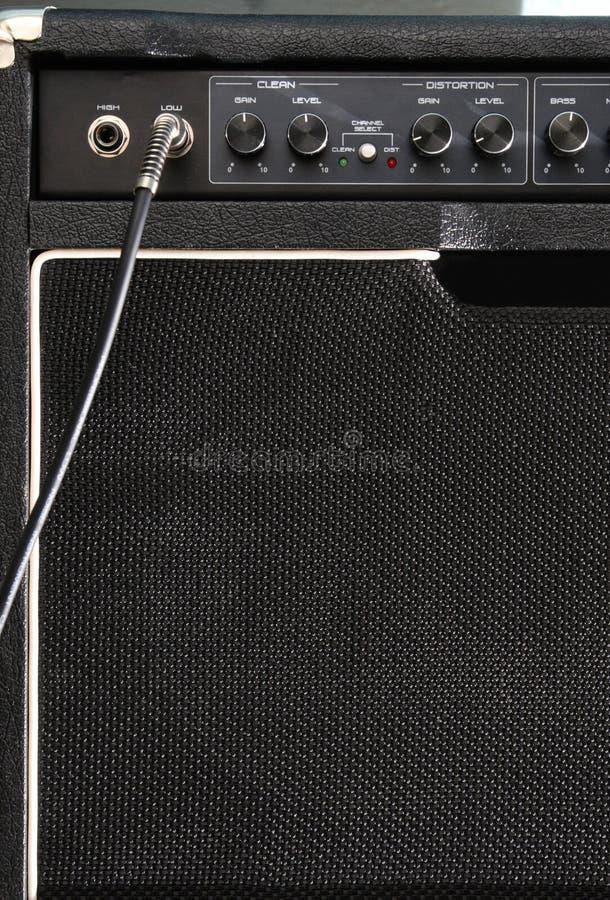 гитара усилителя черная стоковое фото