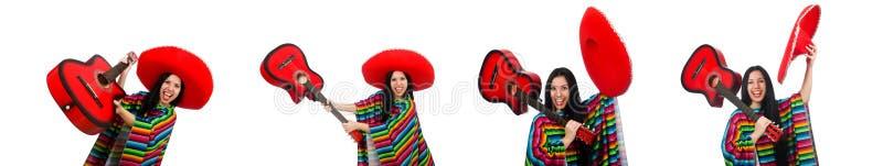 Гитарист женщины мексиканский на белизне стоковые изображения rf