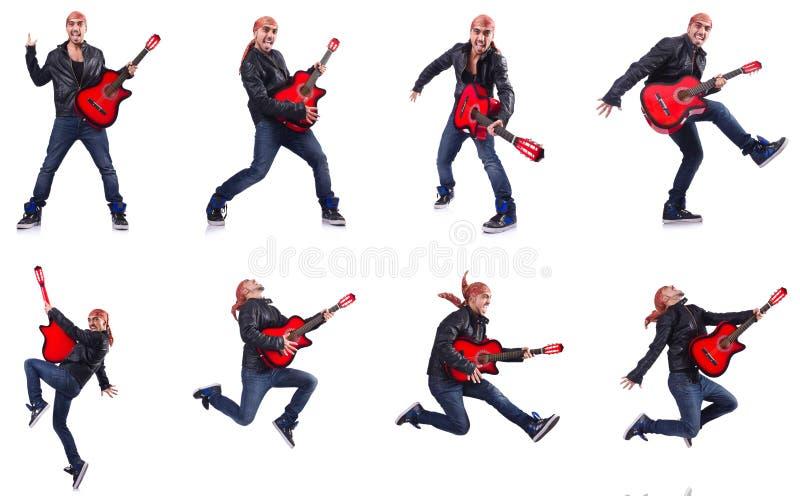 Гитарист изолированный на белизне стоковые изображения rf