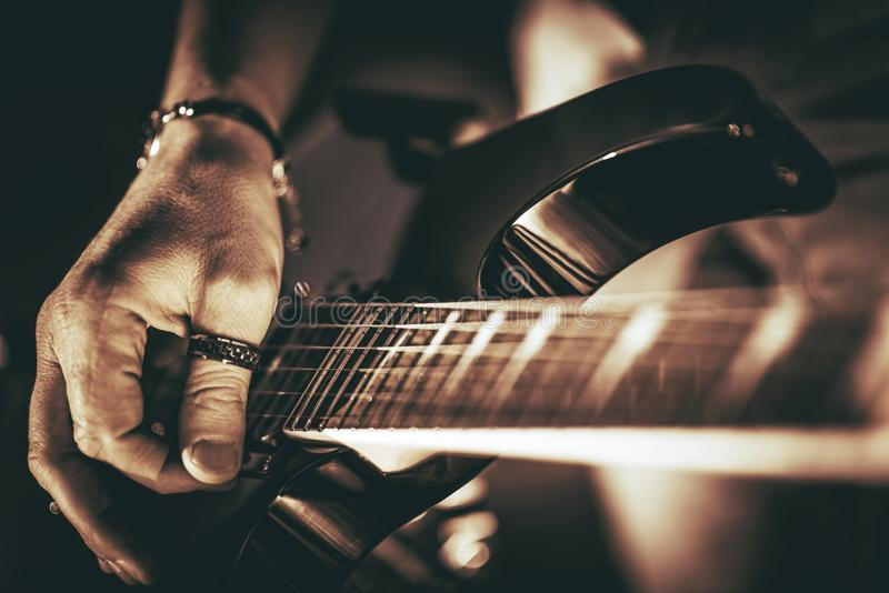 Гитарист Rockman стоковые изображения