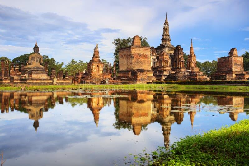 Главная статуя Будды в парке Sukhothai историческом стоковое изображение