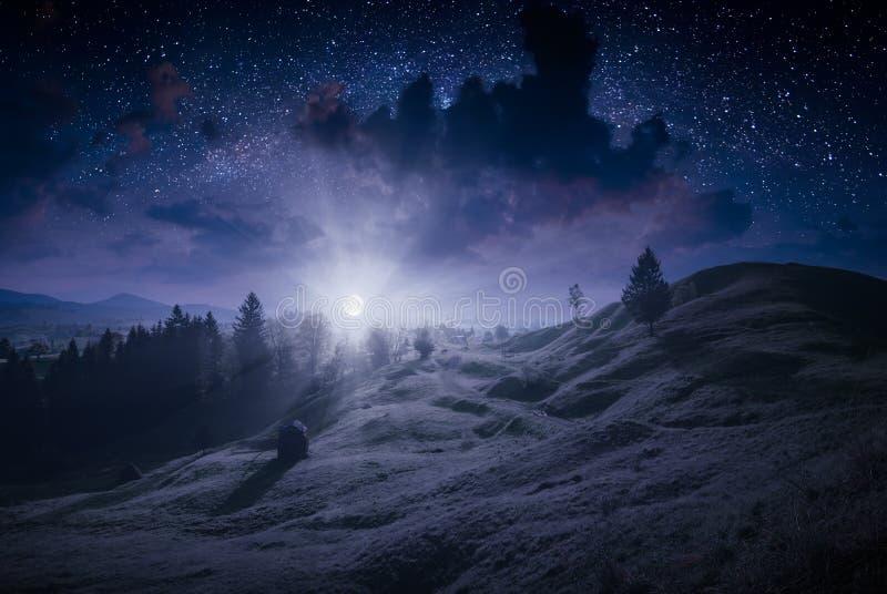 Глубокая ноча в прикарпатской долине стоковое фото