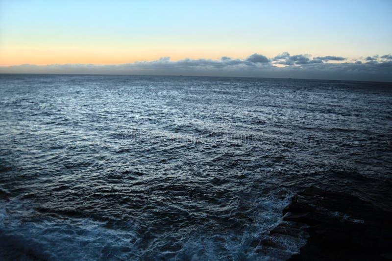 Глубокое море на заливе Watsons стоковые изображения