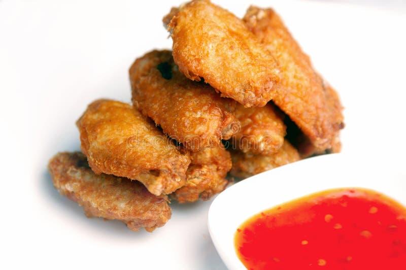 глубоко зажаренный цыпленок стоковое фото rf