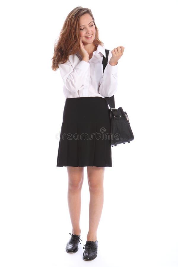 говорить студента школы мобильного телефона девушки подростковый стоковая фотография