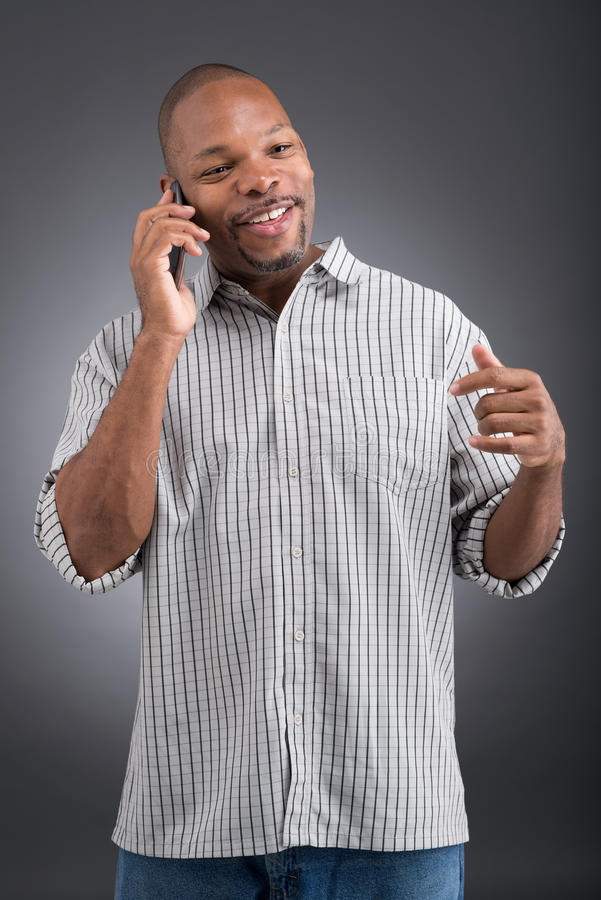 Download Говорить телефоном стоковое изображение. изображение насчитывающей счастливо - 33739631