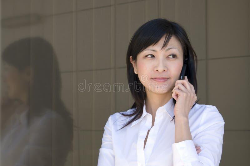 говоря женщина стоковое изображение