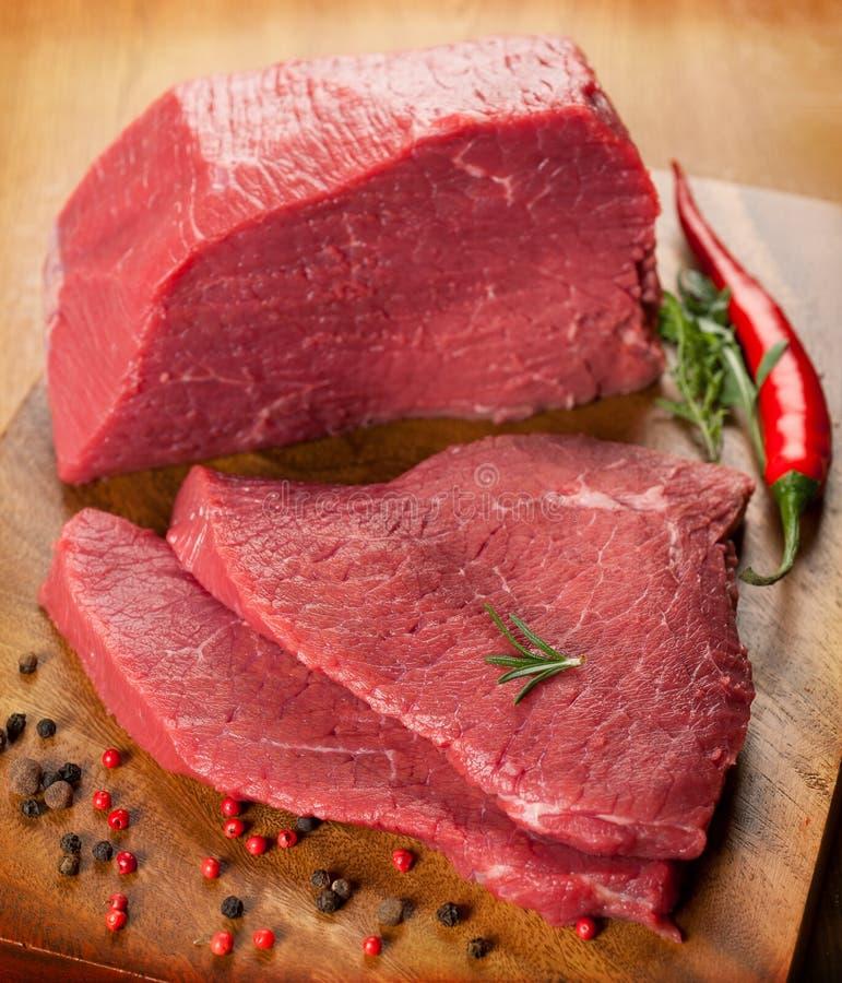 Говядина сырцового мяса стоковое изображение rf