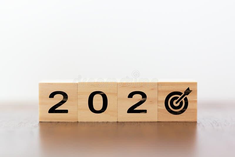 2020 год с целевым значением вместо нуля стоковое изображение rf