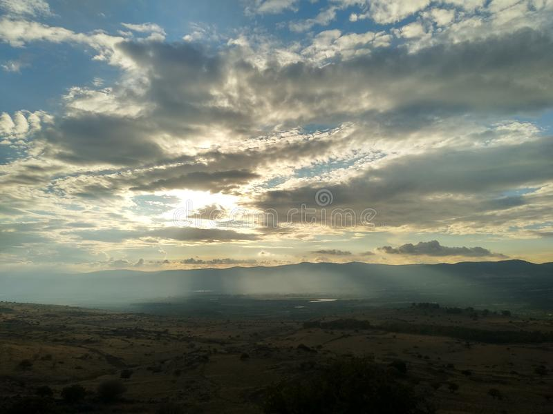 Голанские высоты захода солнца стоковое изображение