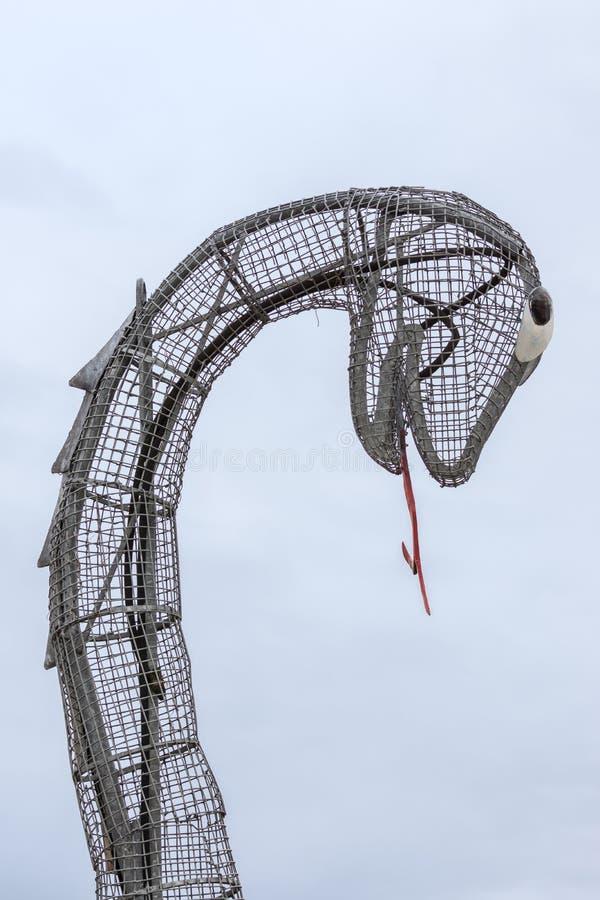 Голова Nessie изверг Лох-Несс на форте Augustus Шотландии стоковое изображение