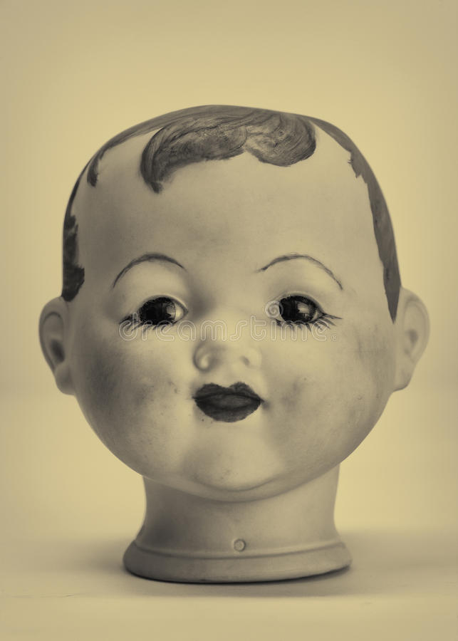 головка куклы стоковая фотография