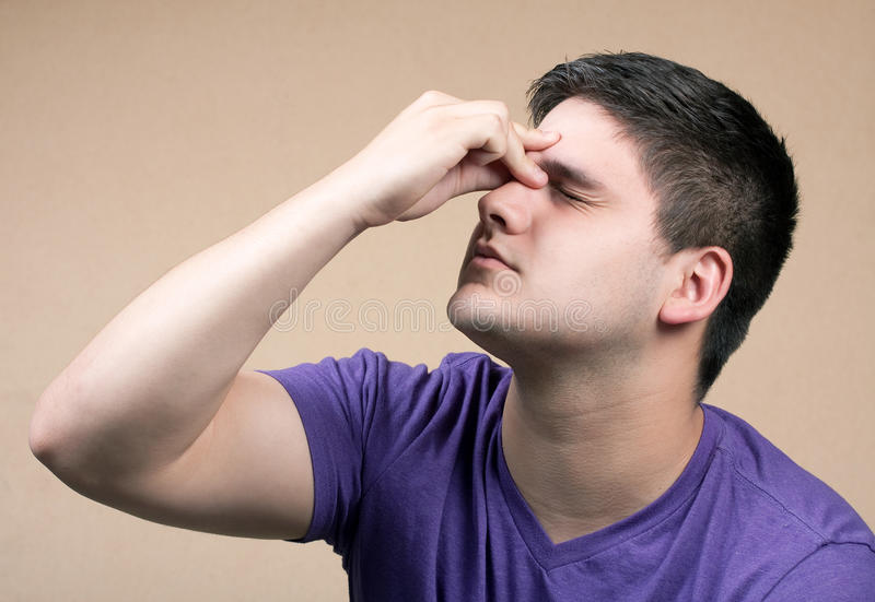головная боль предназначенная для подростков стоковые изображения rf