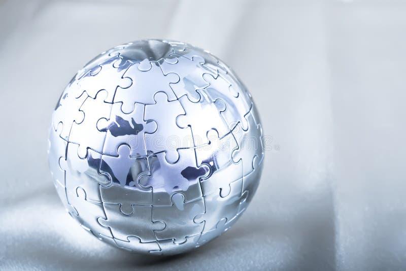 головоломка металла глобуса стоковое изображение rf