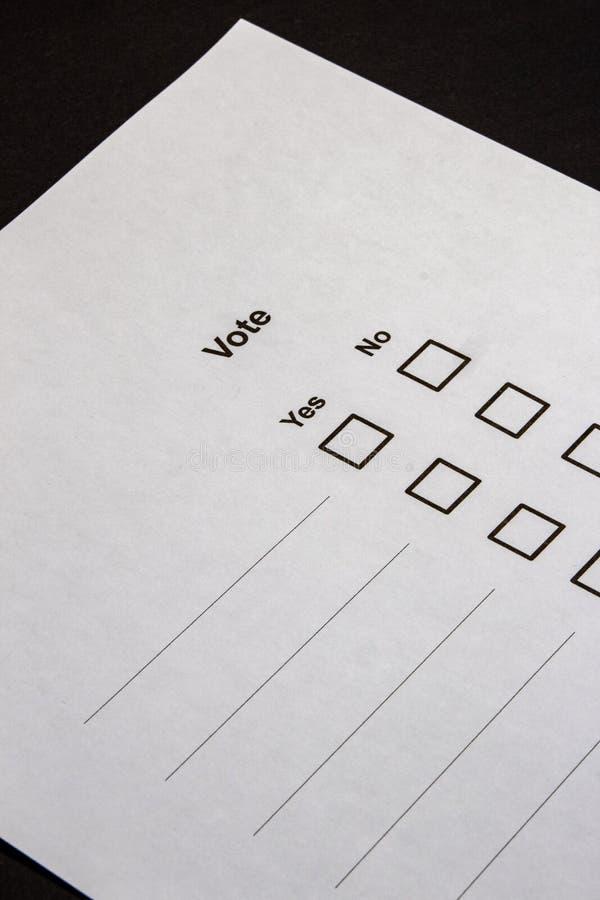Голосовать-множественные коробки выбора да нет стоковые изображения