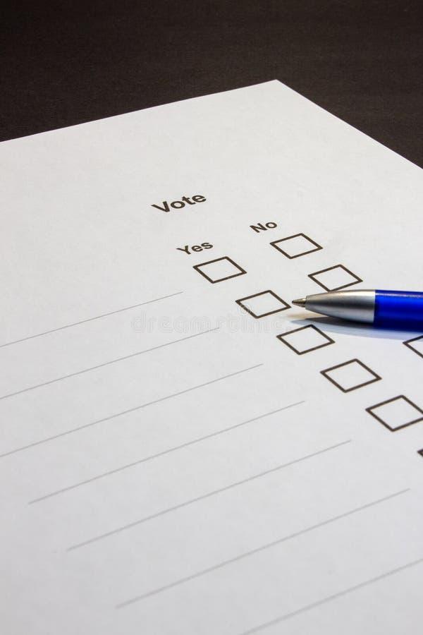 Голосовать-множественные коробки выбора да нет стоковые фотографии rf
