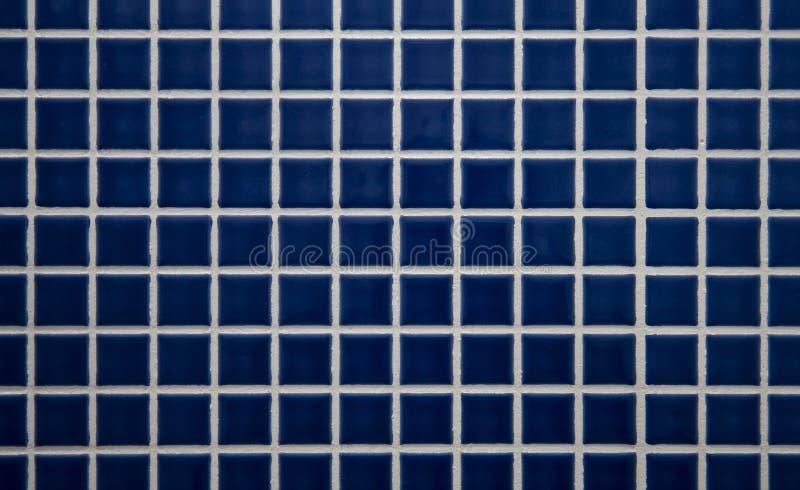голубая ая черепицей стена стоковое изображение