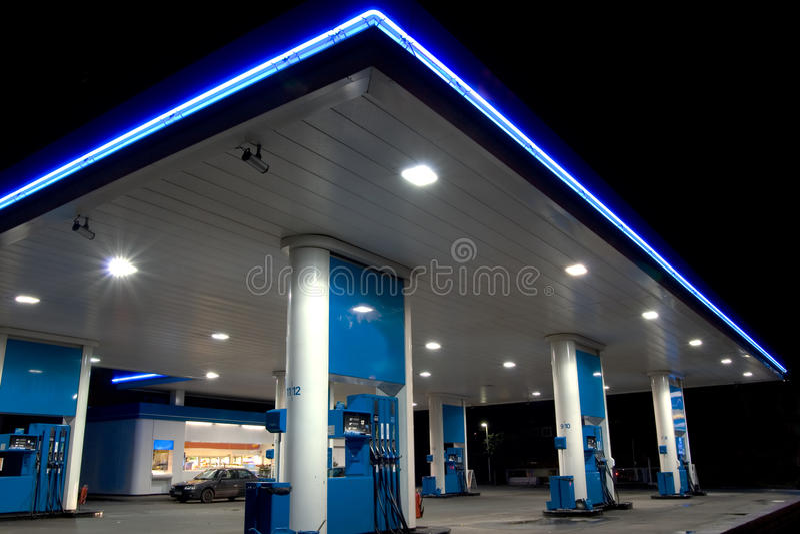голубая бензоколонка стоковые изображения