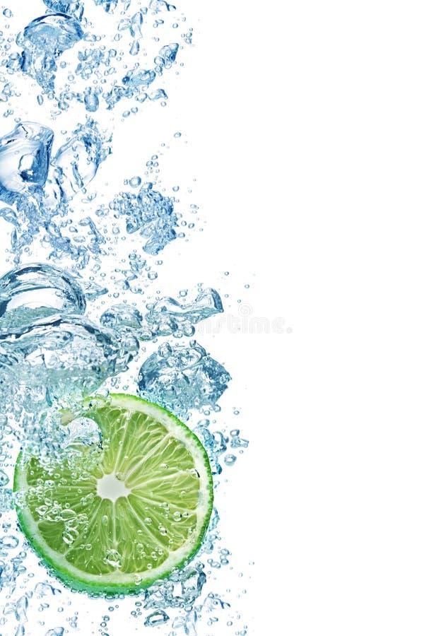 голубая вода пузырей стоковая фотография