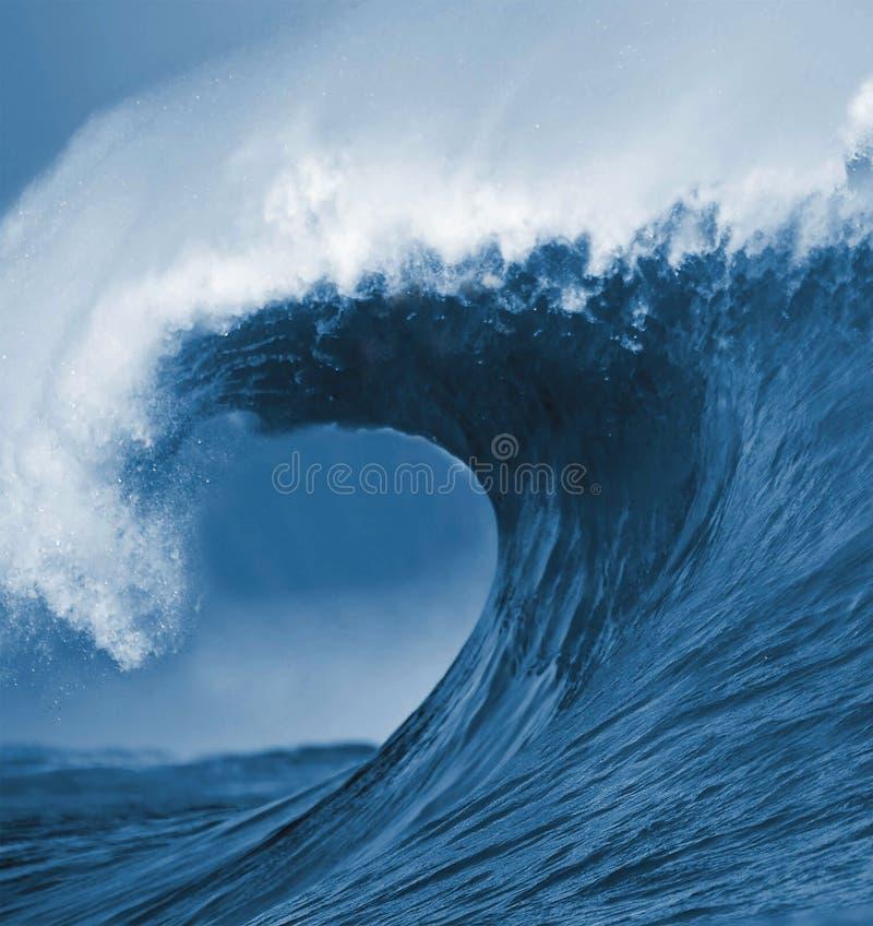 голубая волна океана стоковая фотография