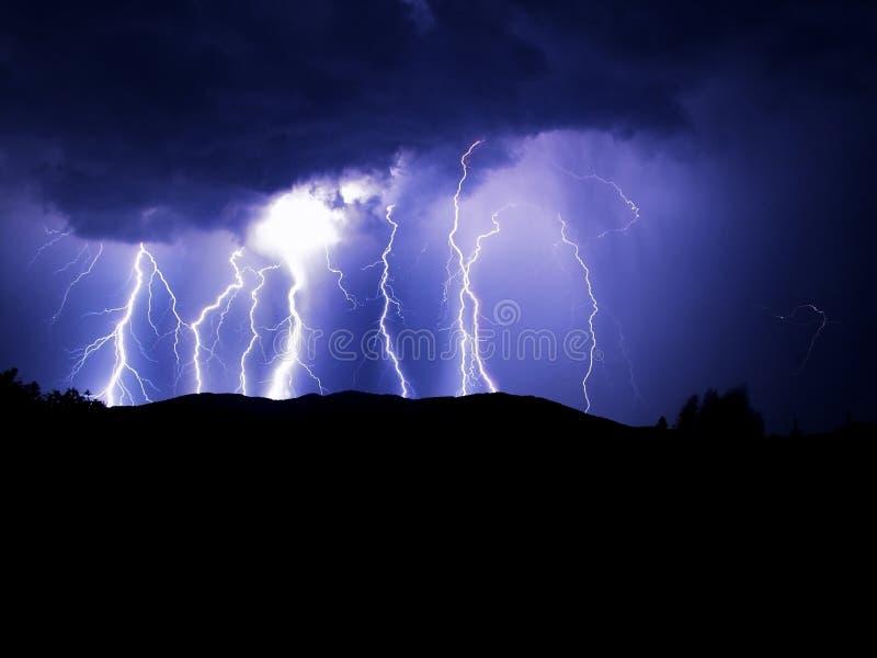 голубая молния стоковое изображение rf