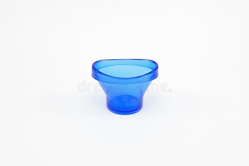 Голубая чашка для мытья глаза стоковые изображения rf
