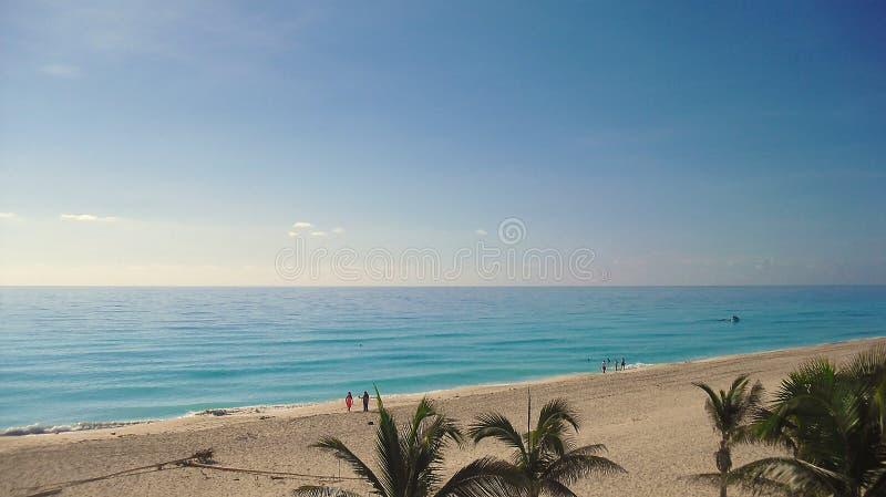 Голубое море! Славное место! Посещение США! стоковые фото