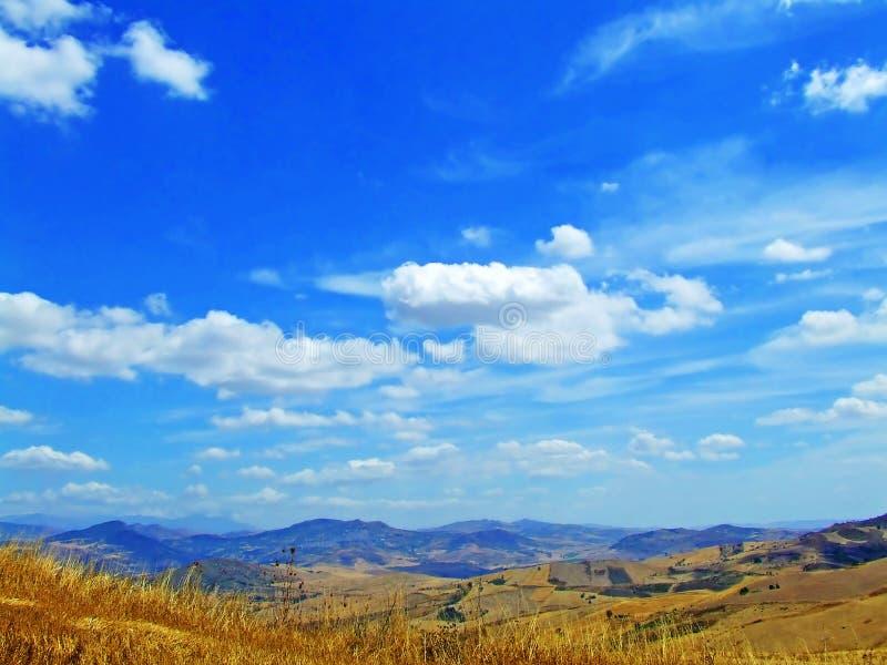 голубое небо облака стоковая фотография