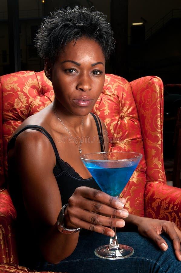 голубое питье martini стоковые изображения rf