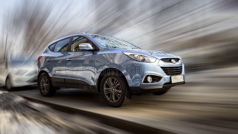Голубой автомобиль Hyundai стоковое изображение rf