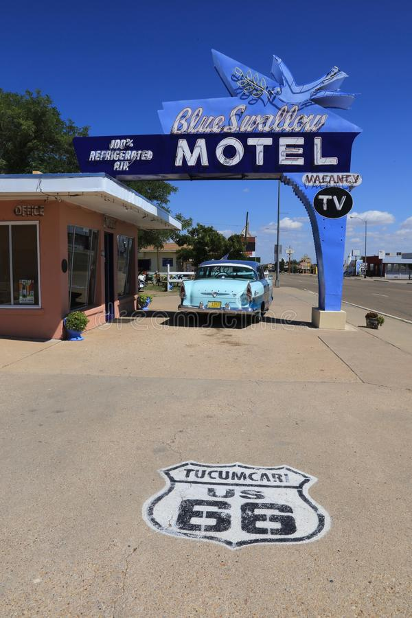 Голубой мотель ласточки, Tucumcari NM стоковое фото rf