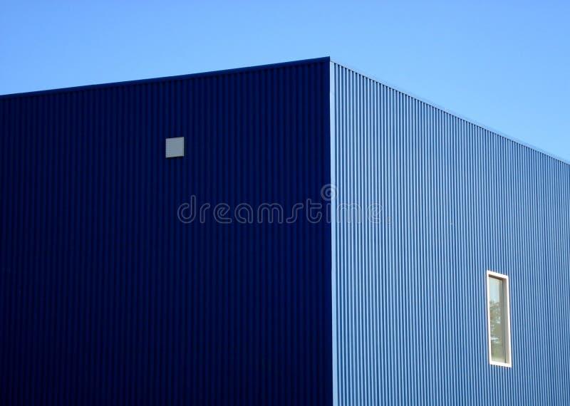 голубой пакгауз стоковые изображения