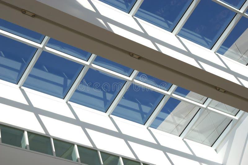 голубой потолок стоковое изображение