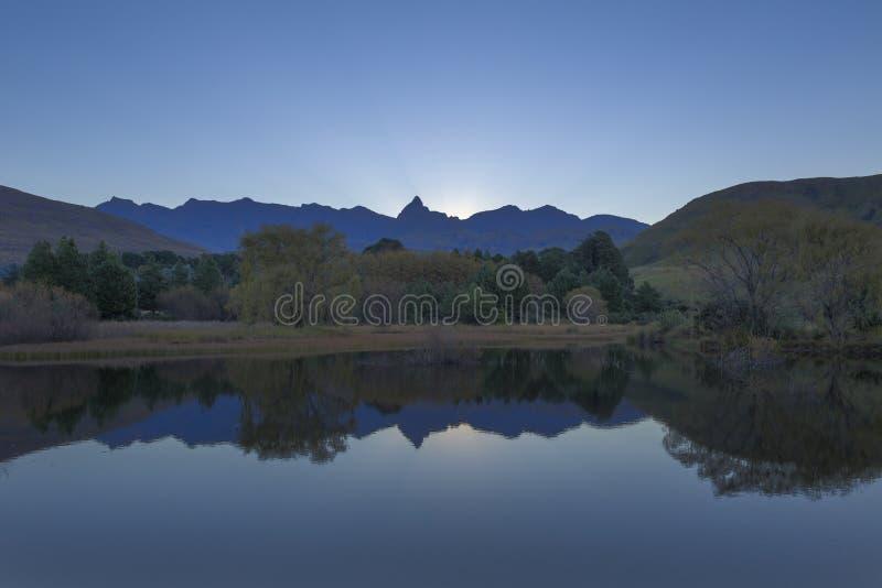 Голубой свет после захода солнца стоковое изображение