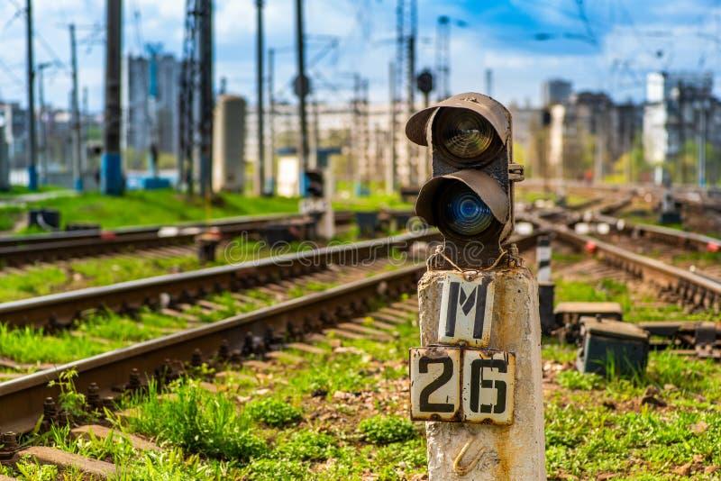 Голубой семафор железной дороги сигнала стоковое изображение rf