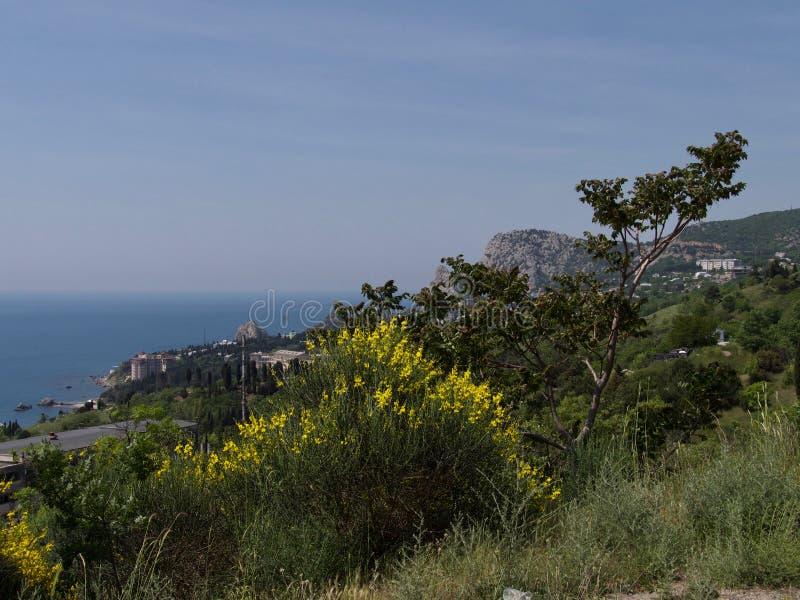 Голубые горы и голубое море Чёрное море Крым стоковые изображения