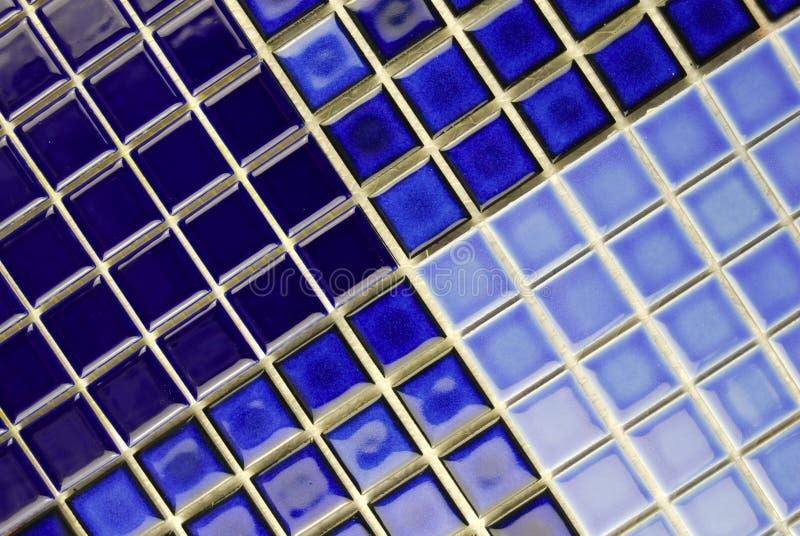 голубые керамические плитки мозаики стоковые фотографии rf