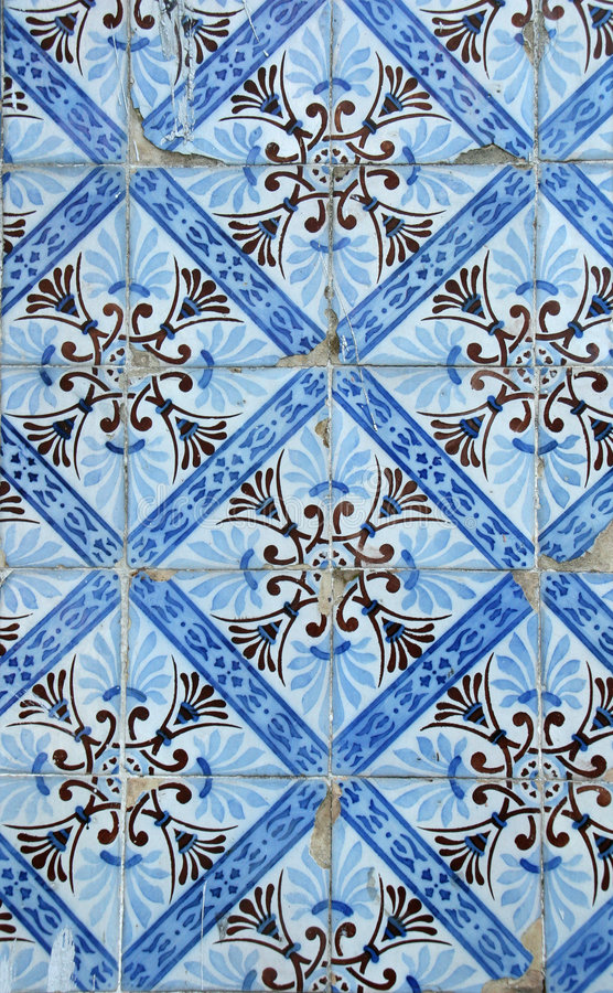 голубые плитки lisbon стоковое изображение rf