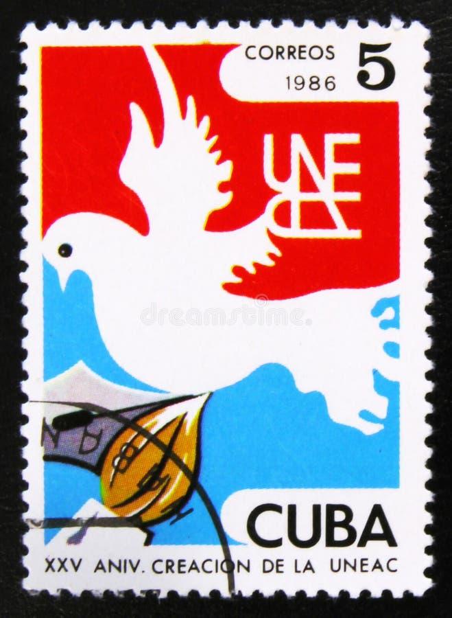 Голубь, перо и щетка Кубинськое соединение писателей и художников UNEAC, 25th Anniv, около 1986 стоковые изображения rf