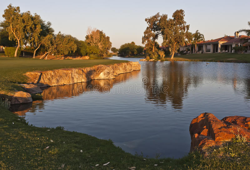 гольф курса самонаводит Палм Спринг стоковые изображения rf