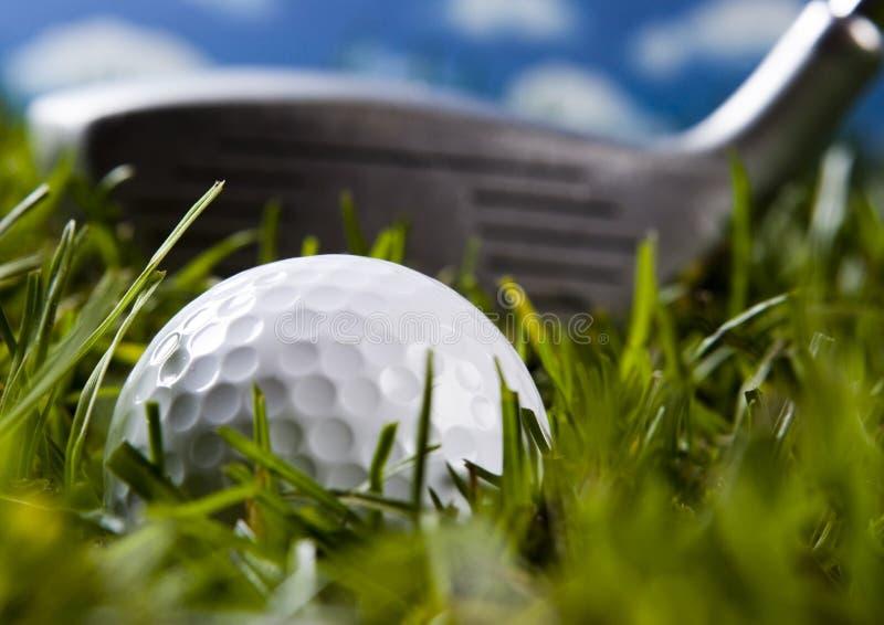 Download гольф шарика близкий вверх стоковое изображение. изображение насчитывающей грубо - 6858567