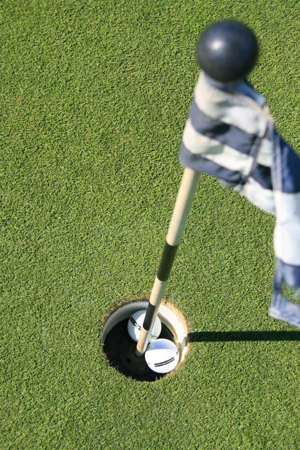 гольф 2 флага курса шариков стоковые фото
