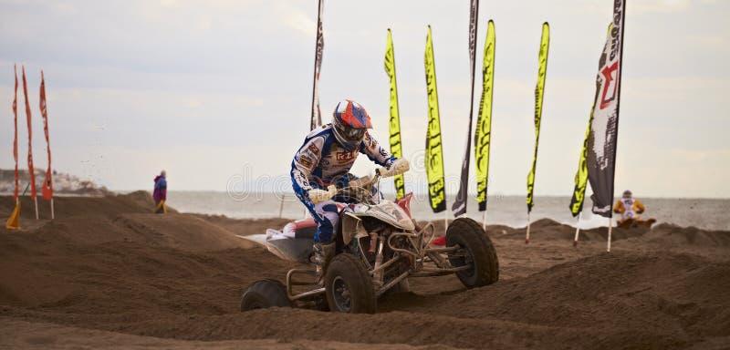 Download гонка квада motocross редакционное фото. изображение насчитывающей движение - 18390141