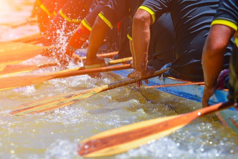 Гонка команды rowing стоковое изображение rf