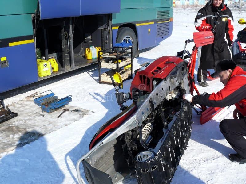 Гонка снега вездеходная стоковое фото rf