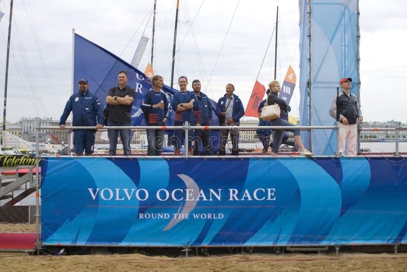 гонка volvo океана отделки 10 стоковая фотография rf