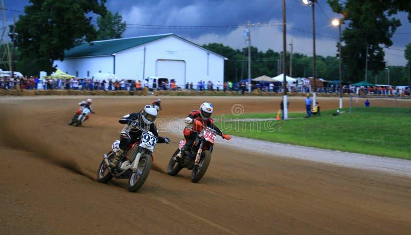Гонки мотоцикла грязи стоковая фотография